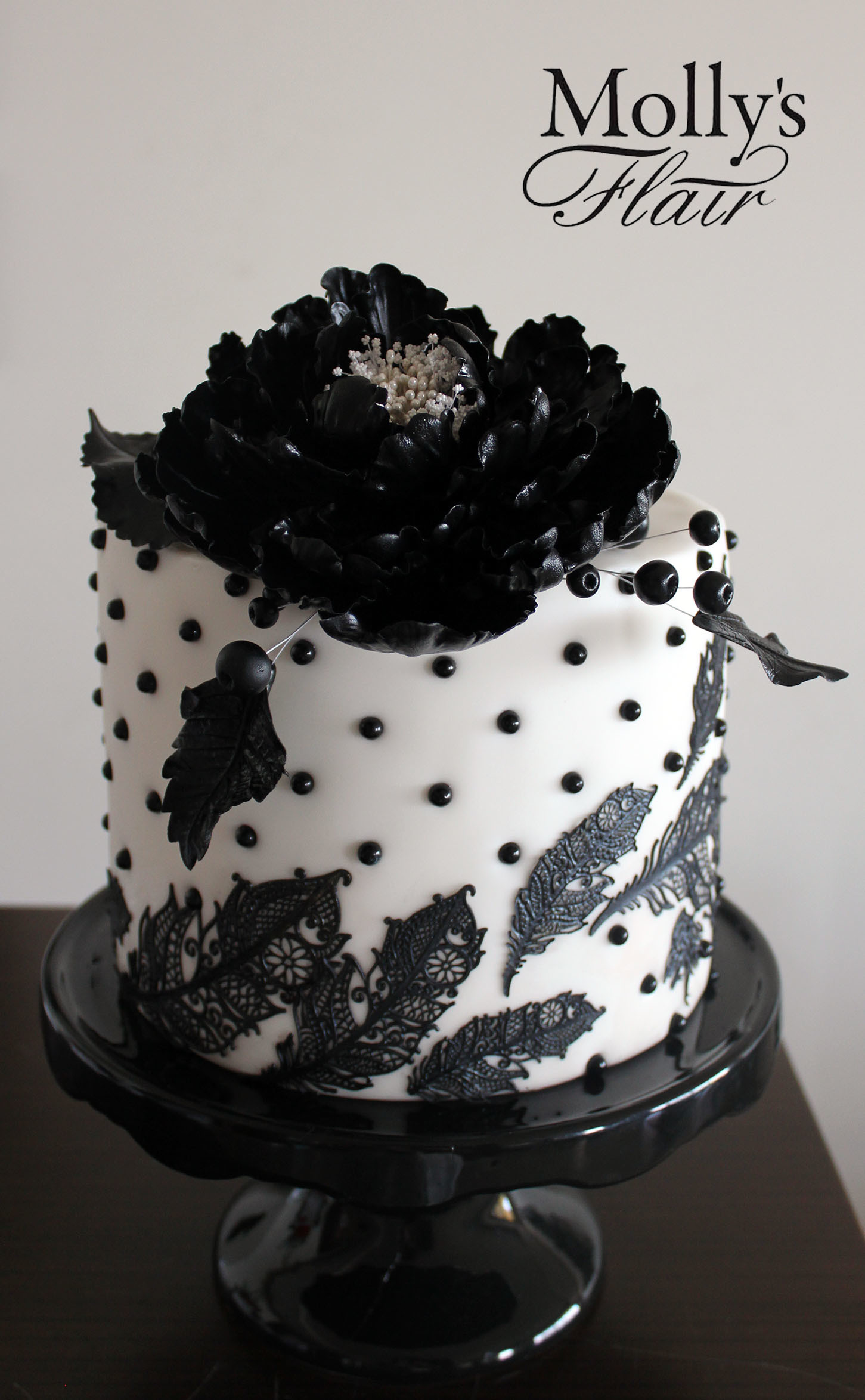 White & Black Mini Wedding