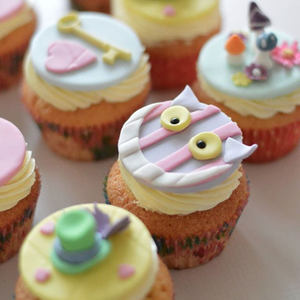 Pastel monster cupcakes