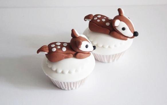 Baby deer fondant cupcake toppers