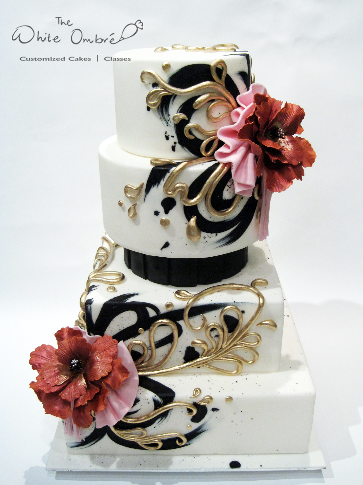 Black & gold wedding with sugar flowers