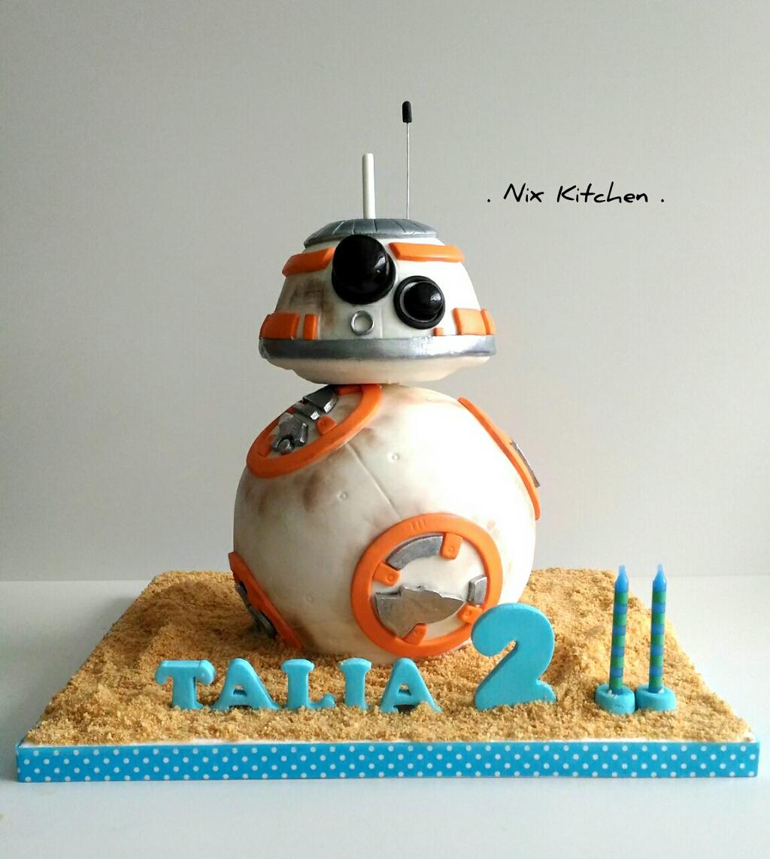 Star Wars BB8 robot cake