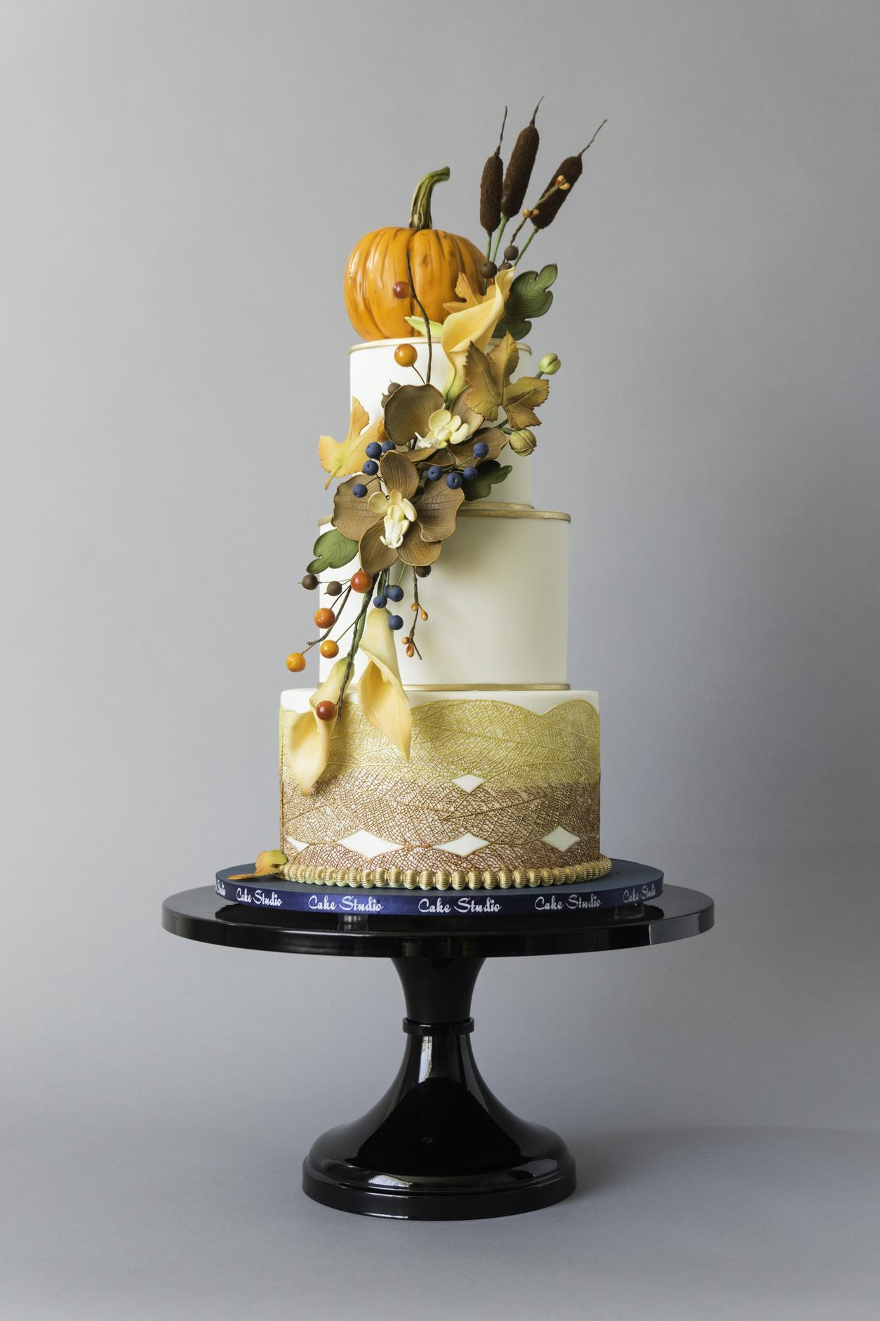 Fall Harvest themed wedding cake