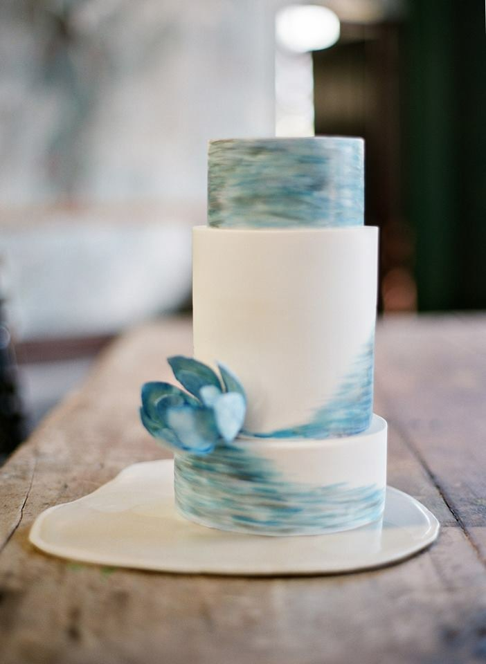 White with blue watercolor fondant wedding