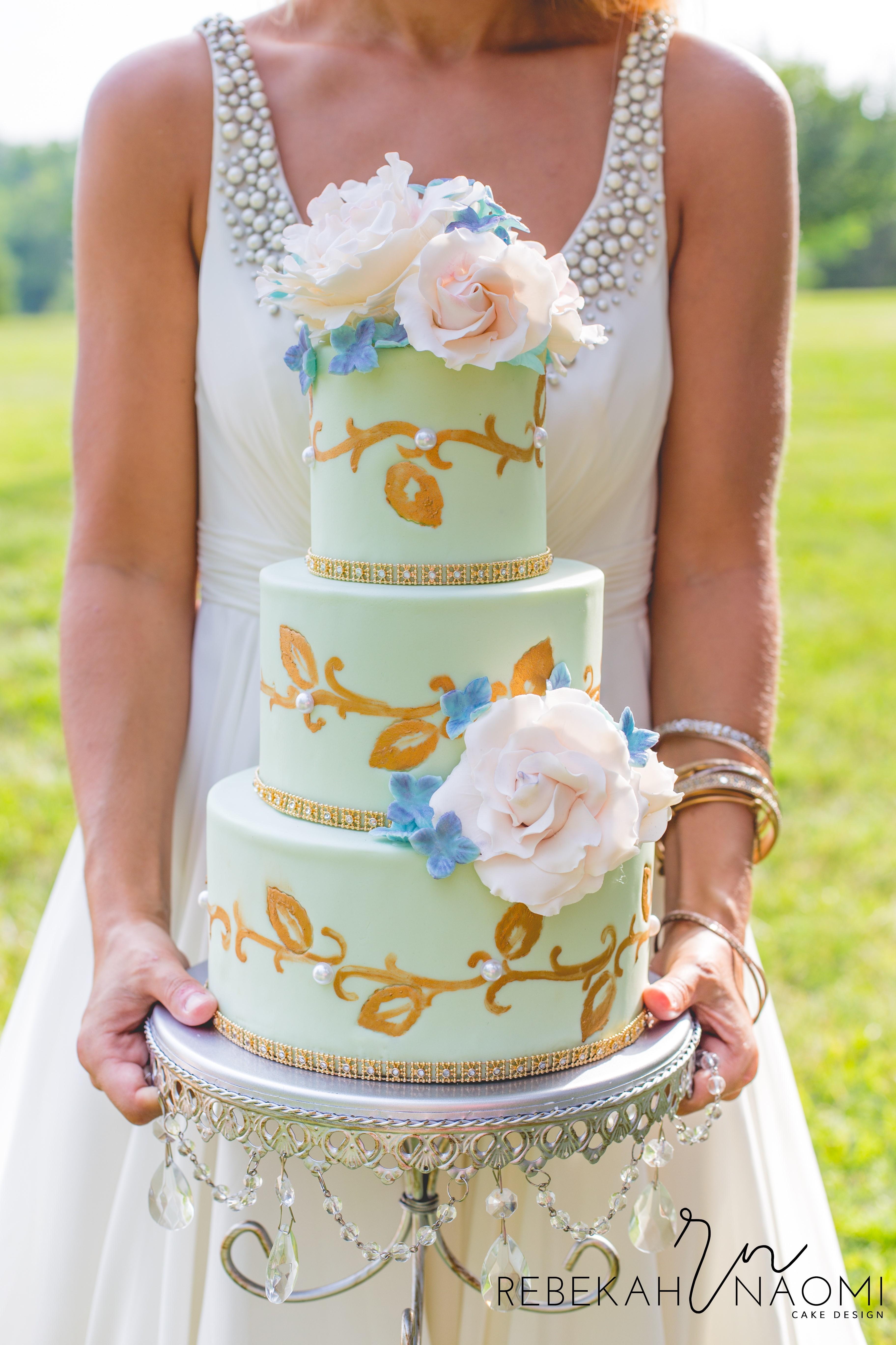 Rebekah-Wilbur-Cakelicious-Wedding-Elegant-27-2.jpg#asset:10171