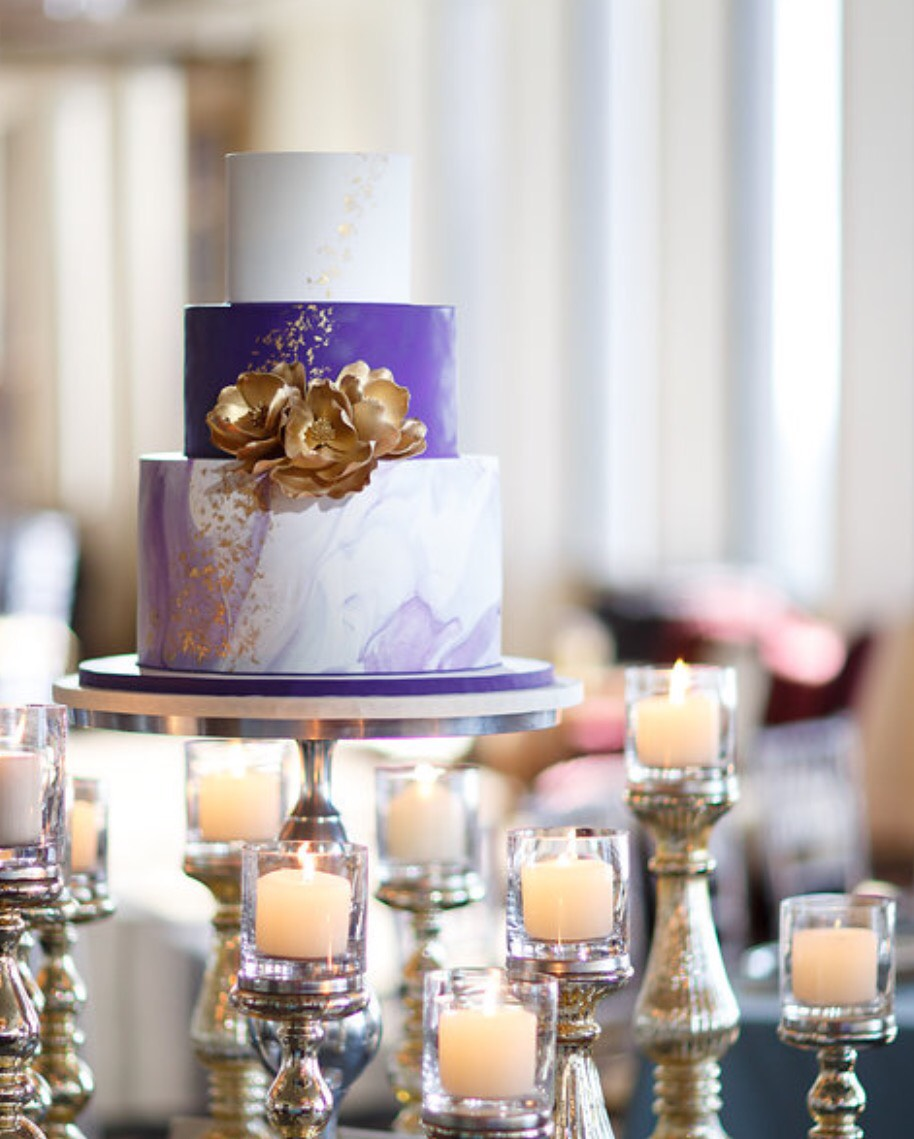 Purple and white marble wedding cake
