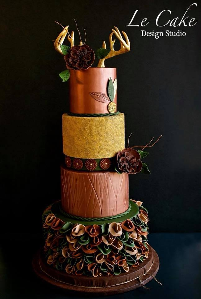 Copper and gold fondant wedding cake with ruffles