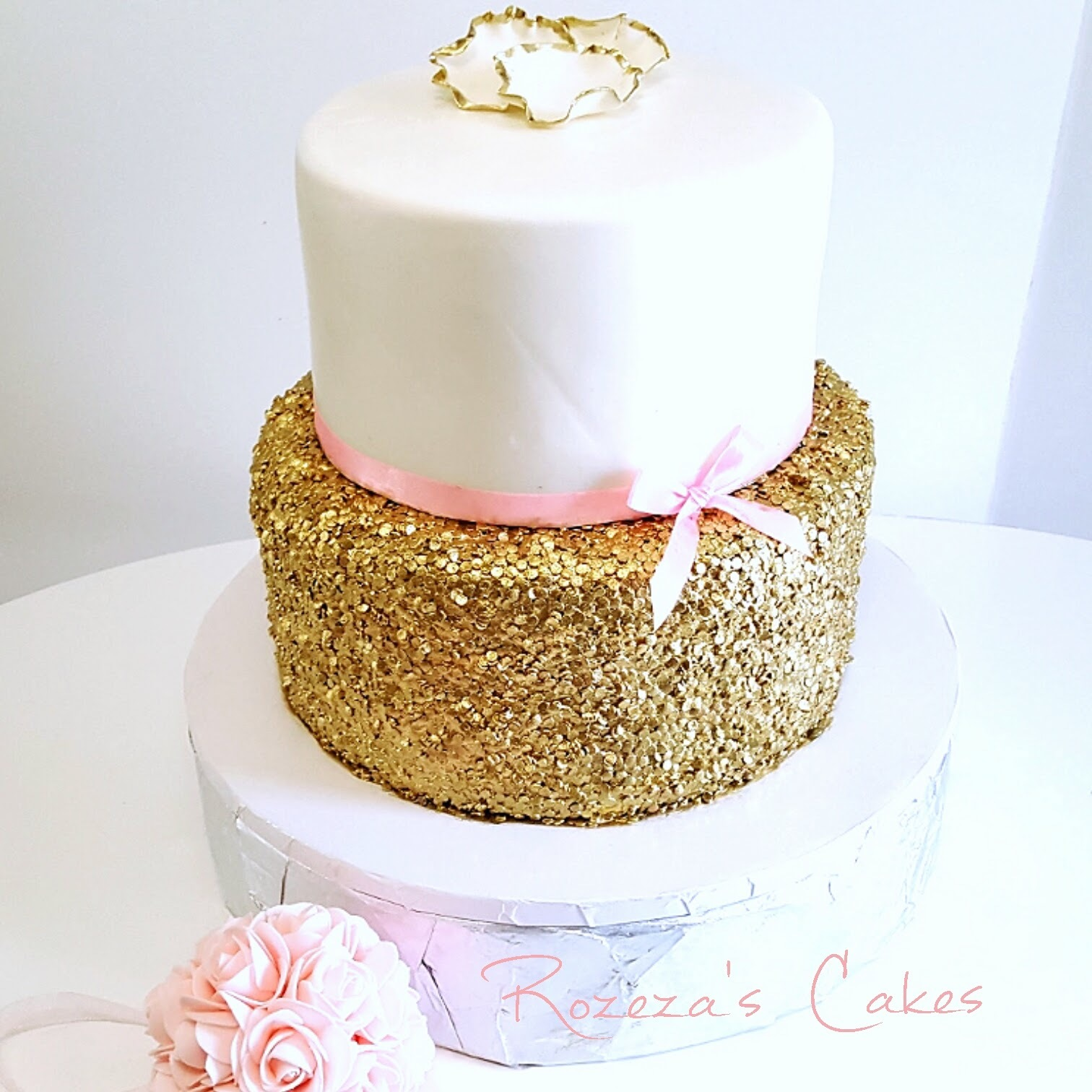 White with gold sparkle wedding