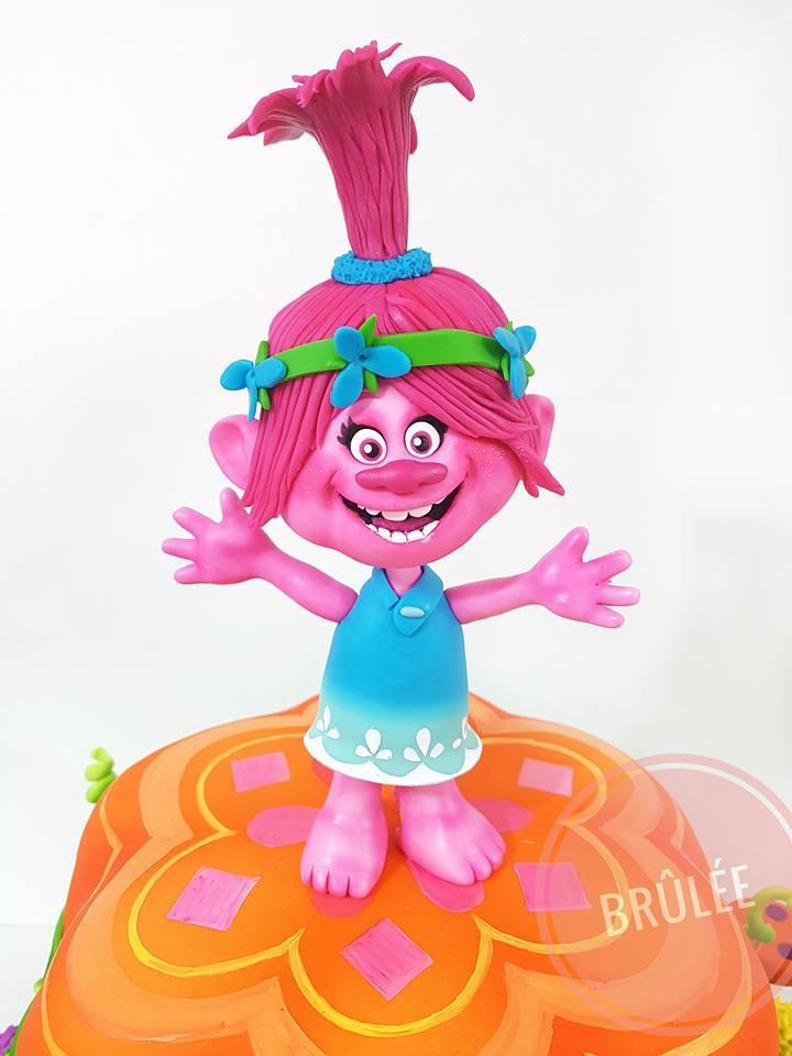 Trolls poppy fondant figurine