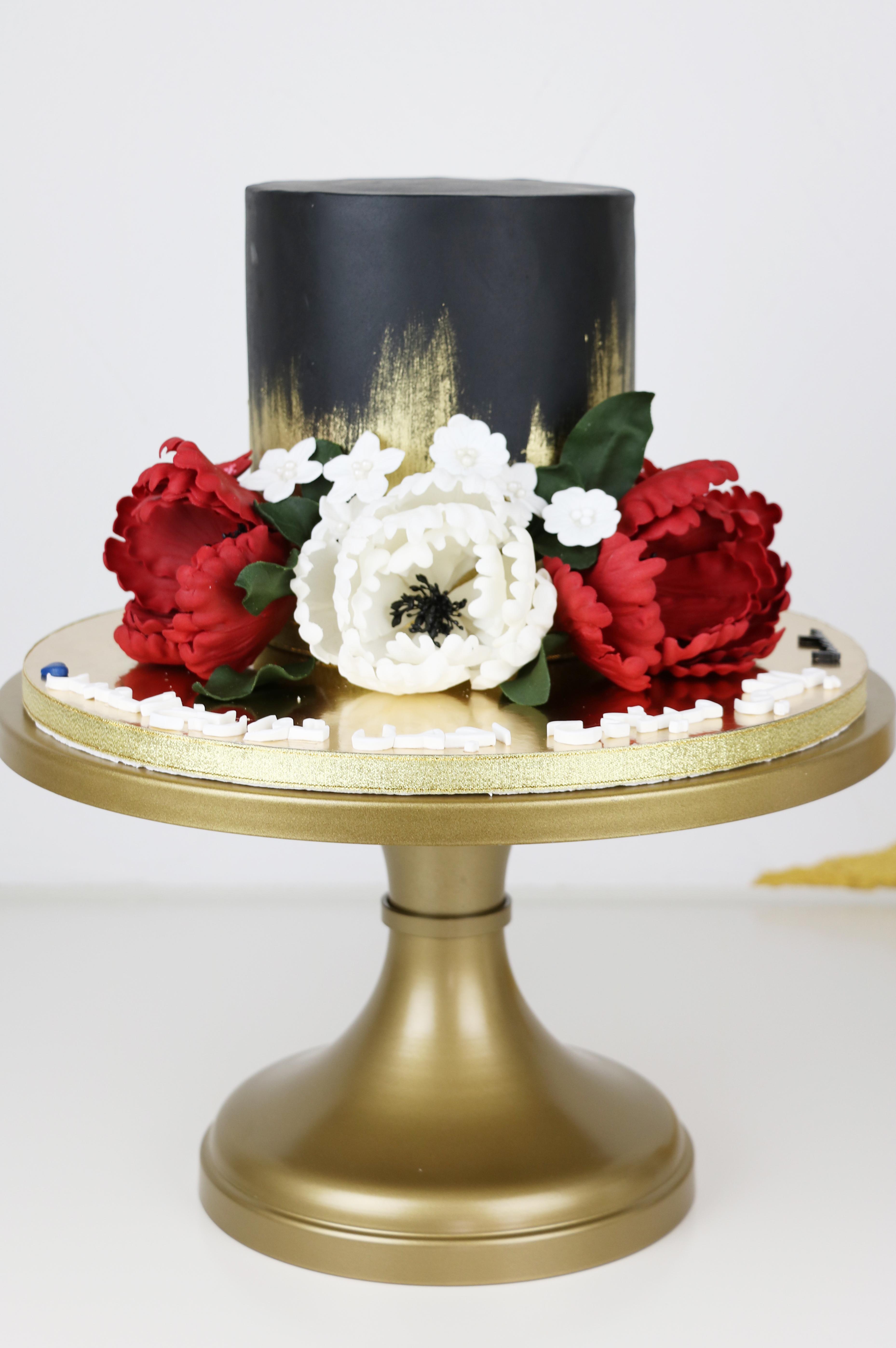 Black Mini Wedding with Sugar Flowers