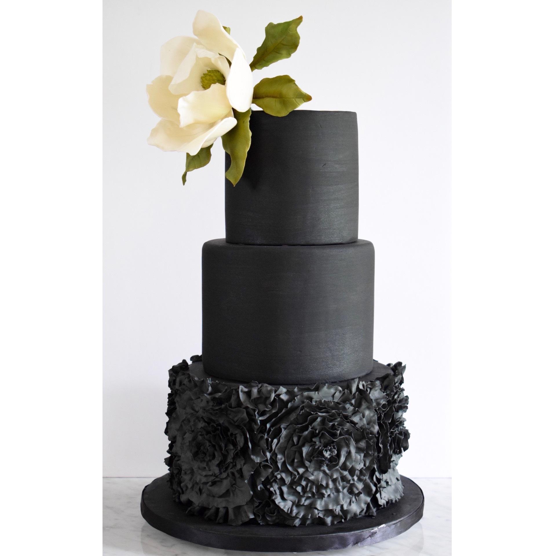 Samantha Mayfair Cakes Wedding Elegant 2 1
