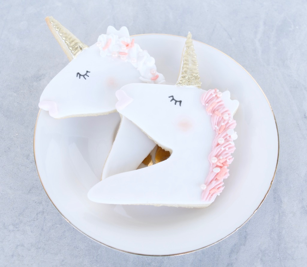 Fondant unicorn cookies