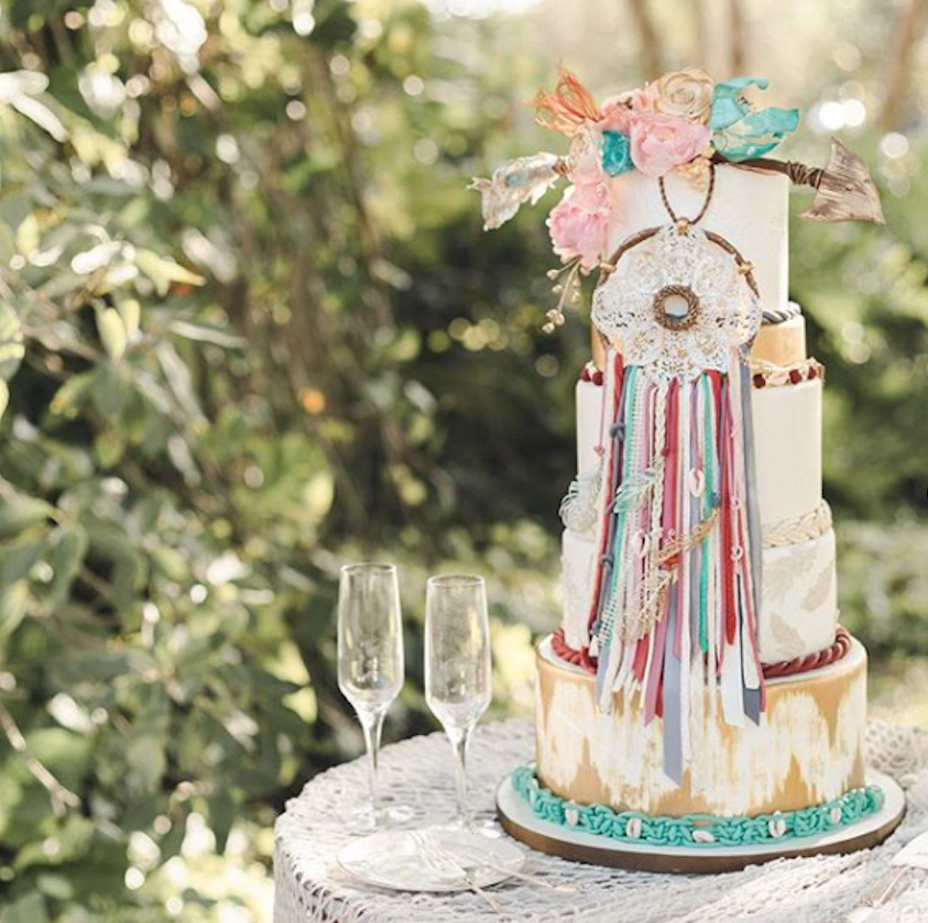 Dreamcatcher bohemian fondant wedding cake