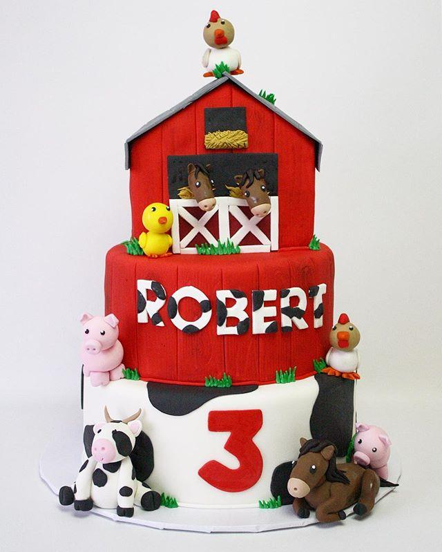Barnyard theme birthday cake