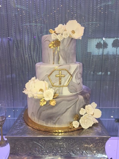 Gray marbled wedding cake