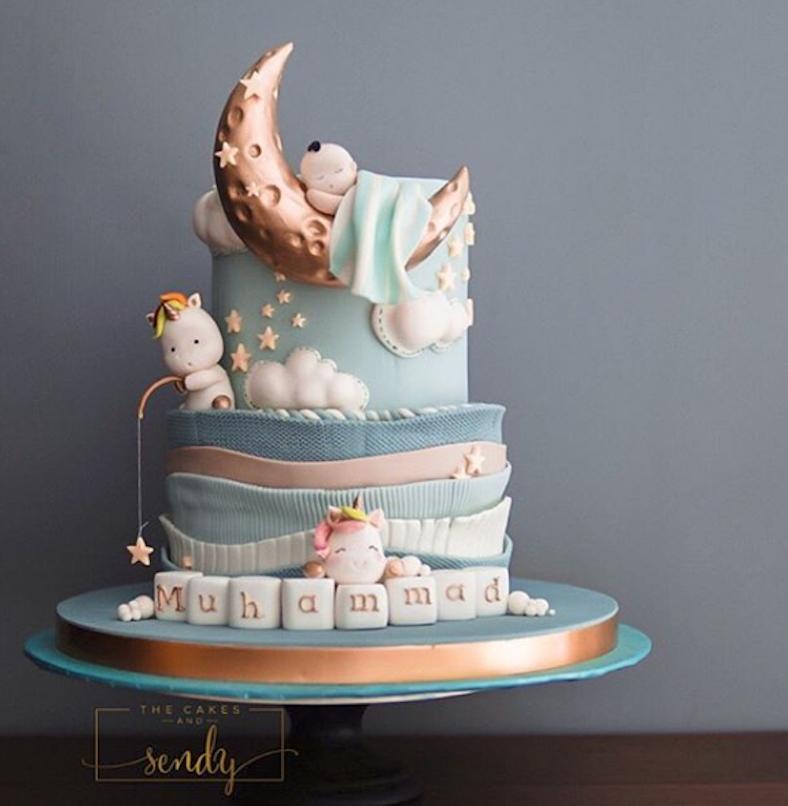 Moon and stars fondant cake