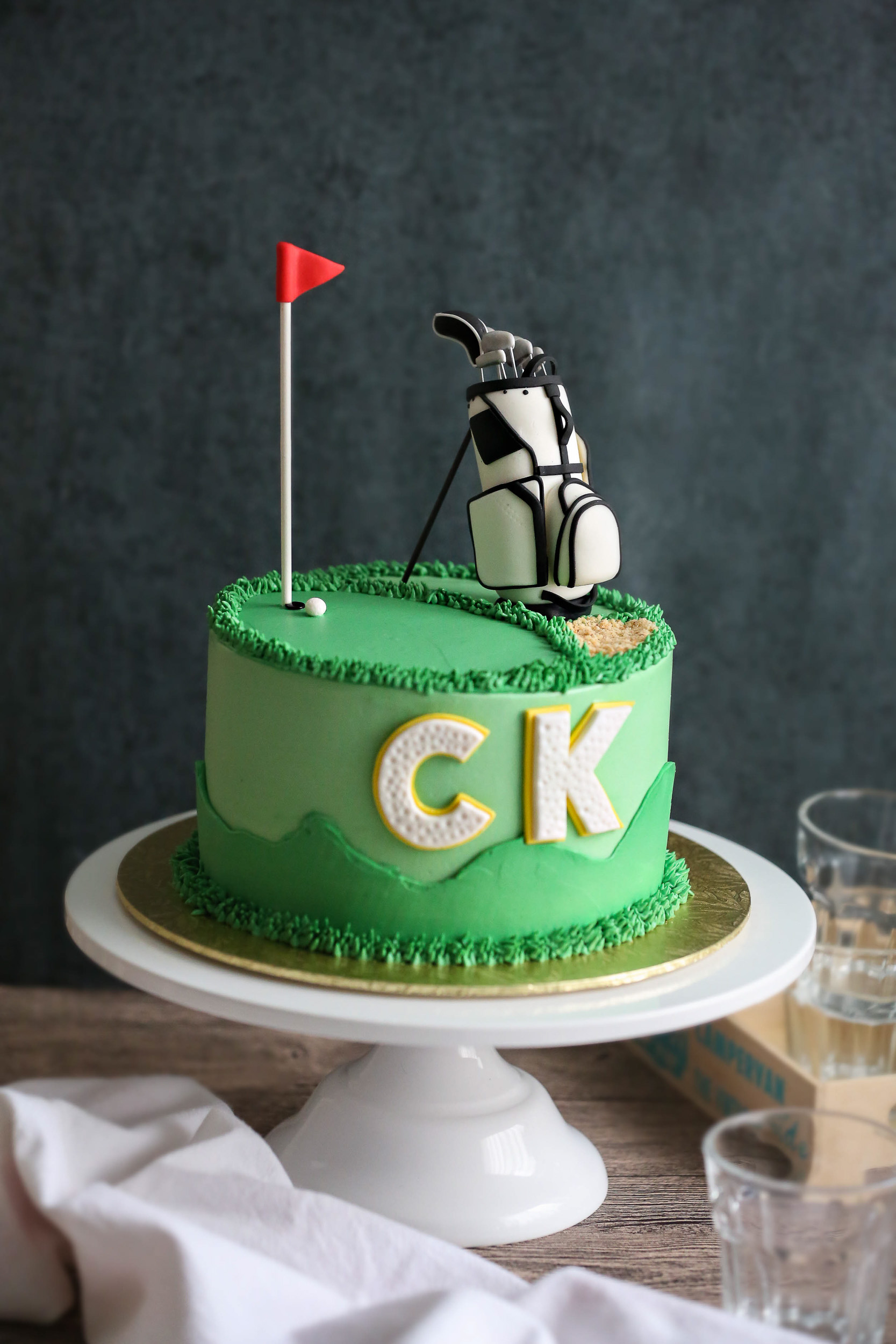 Green golf themed fondant birthday cake