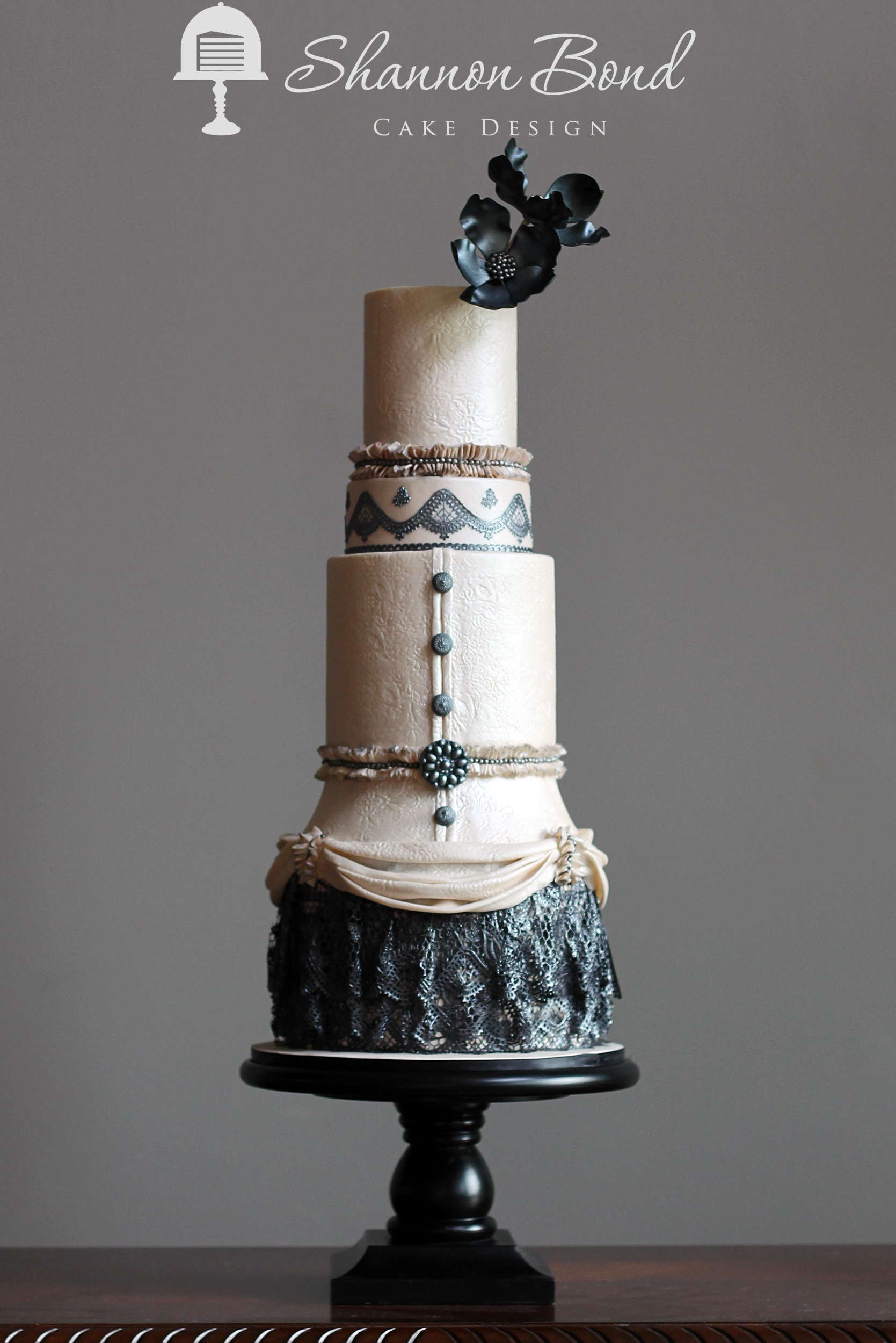 Ivory & Black Steampunk themed wedding