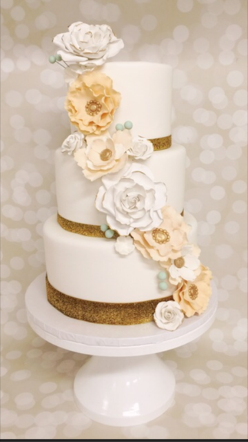 Ivory wedding with sugar flowers