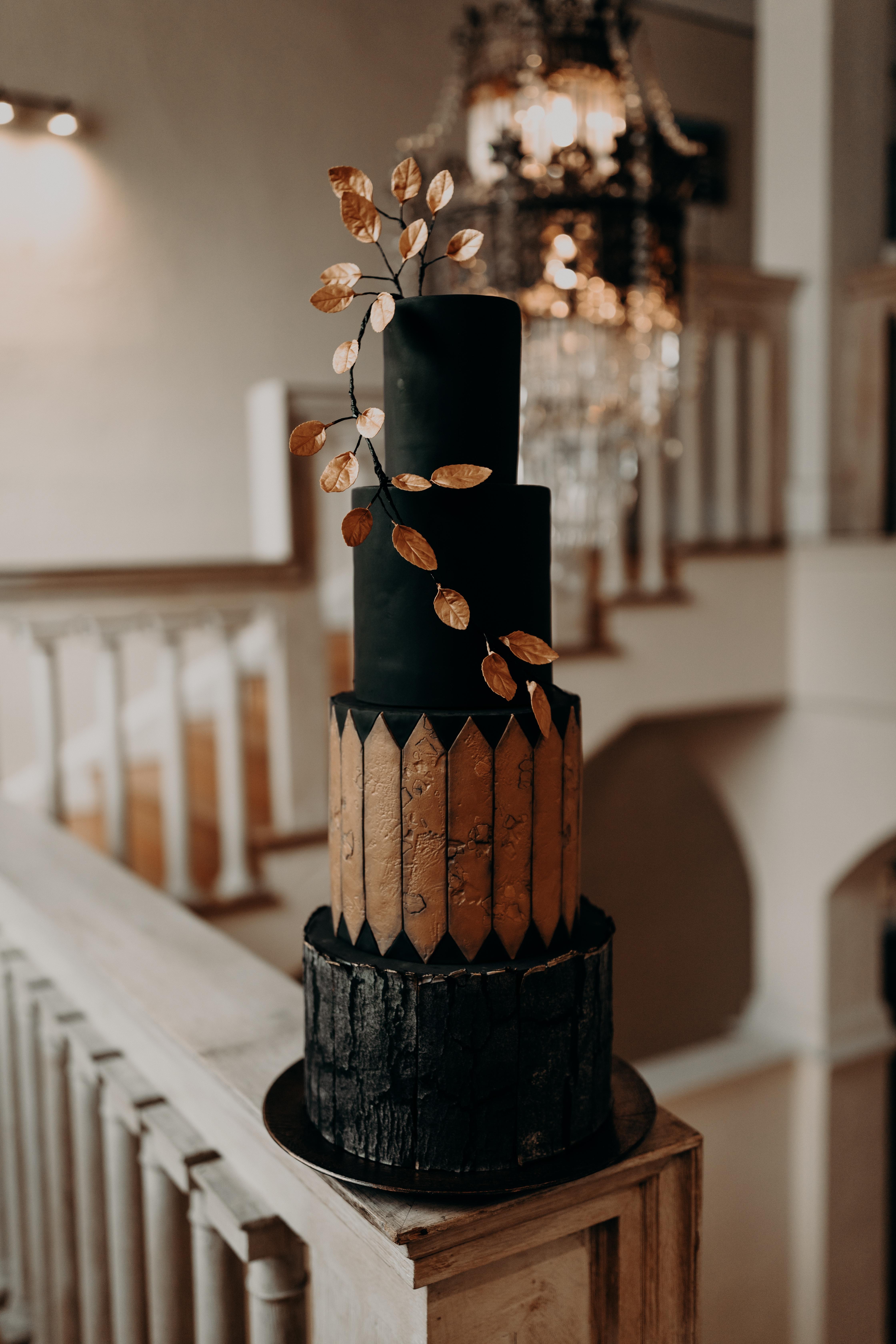 Spencer Trygve Cakes Chicago Wedding 9A