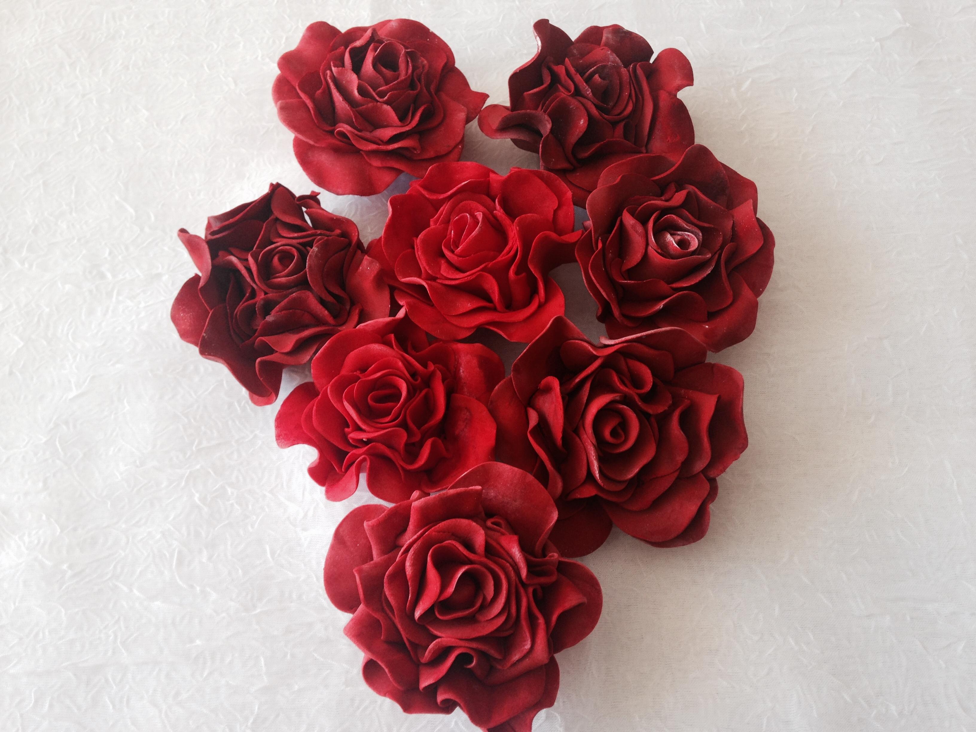 Red gum paste roses