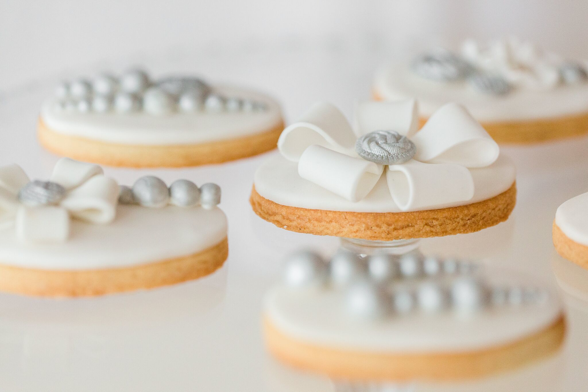 White fondant cookies