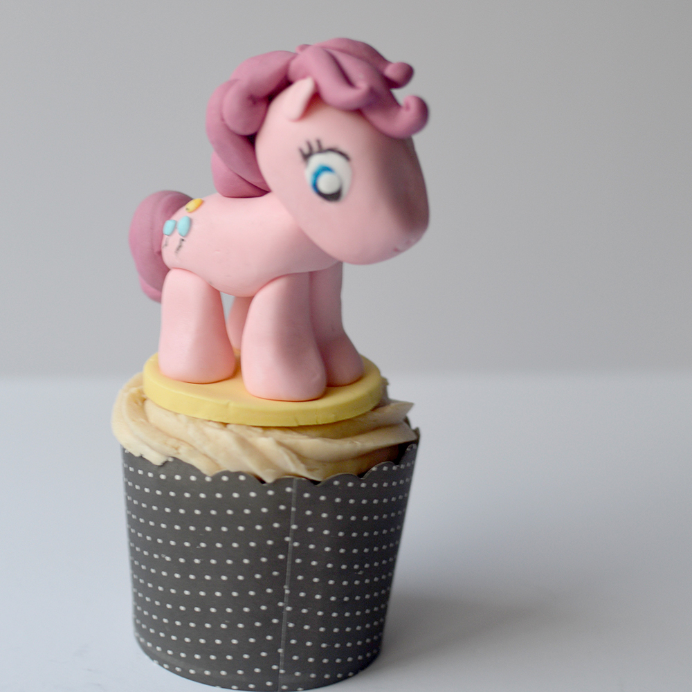 My little pony fondant cupcake topper