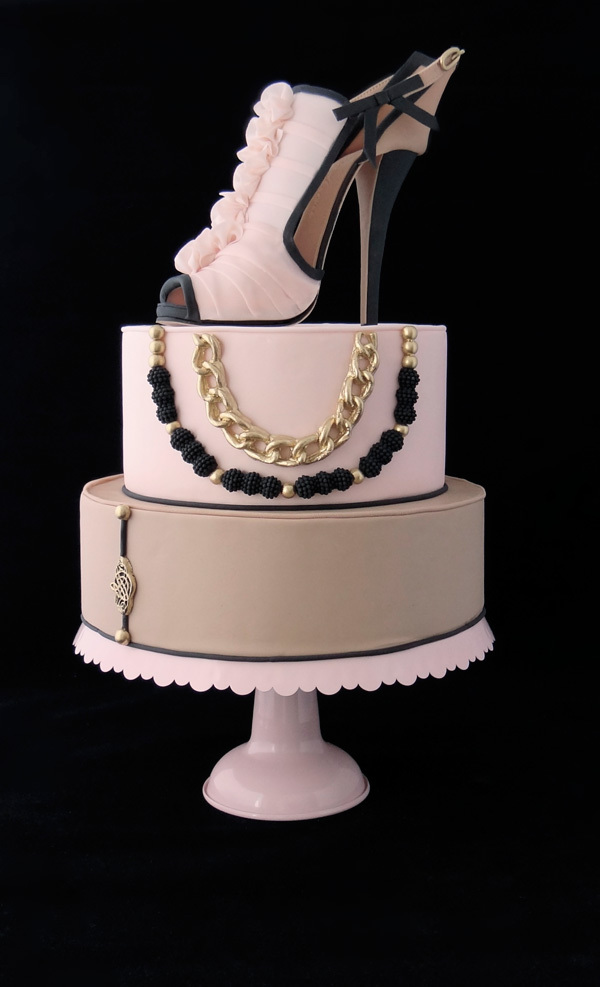 Black and White Heel sugar shoe