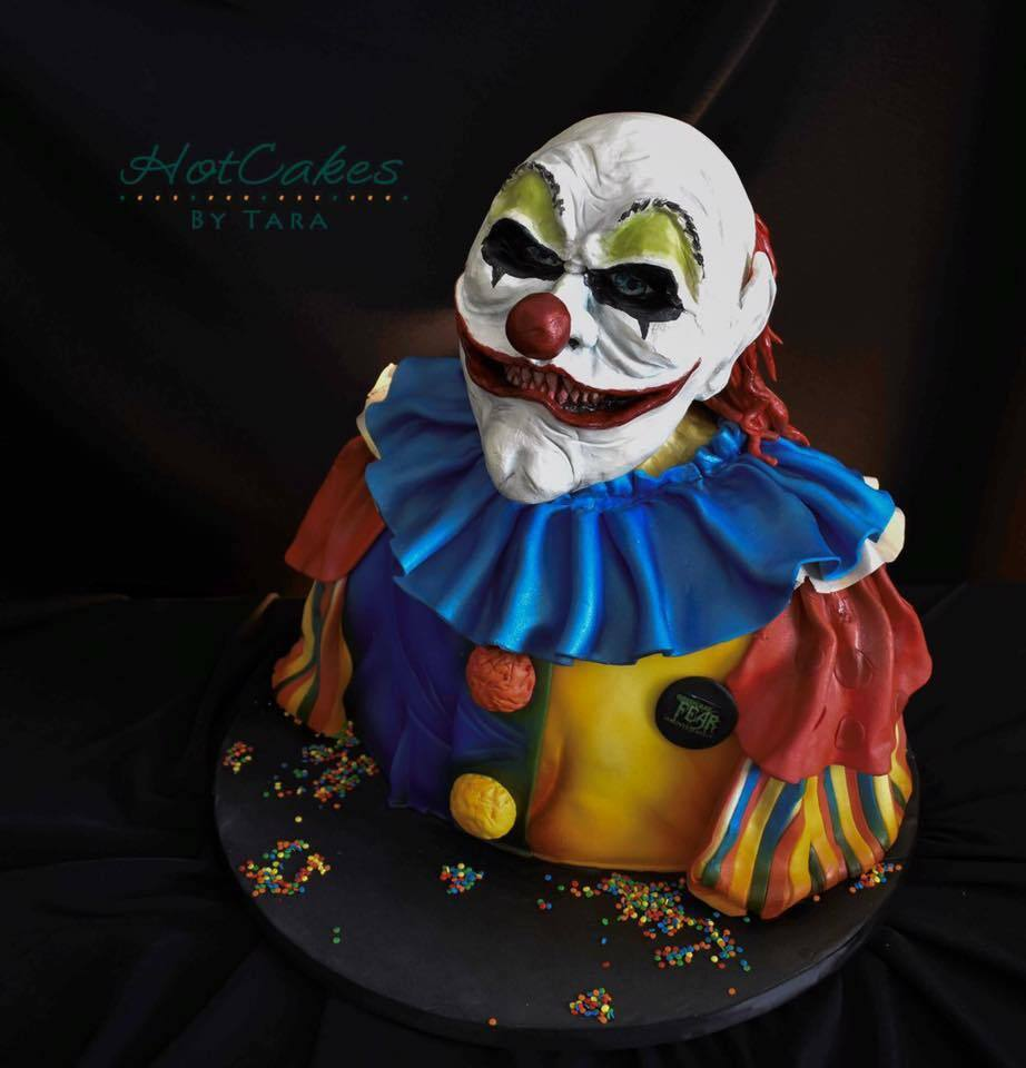 Creepy Halloween Clown fondant bust cake