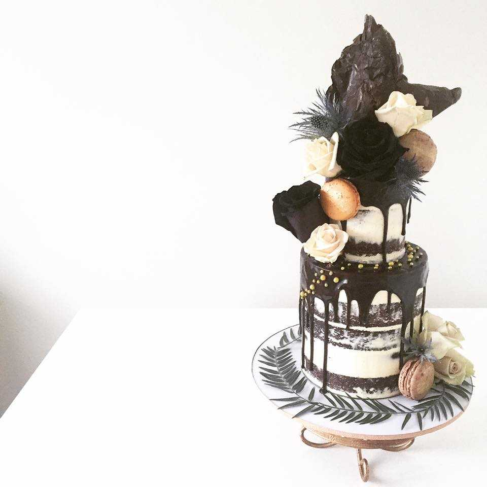 Black and white drip wedding