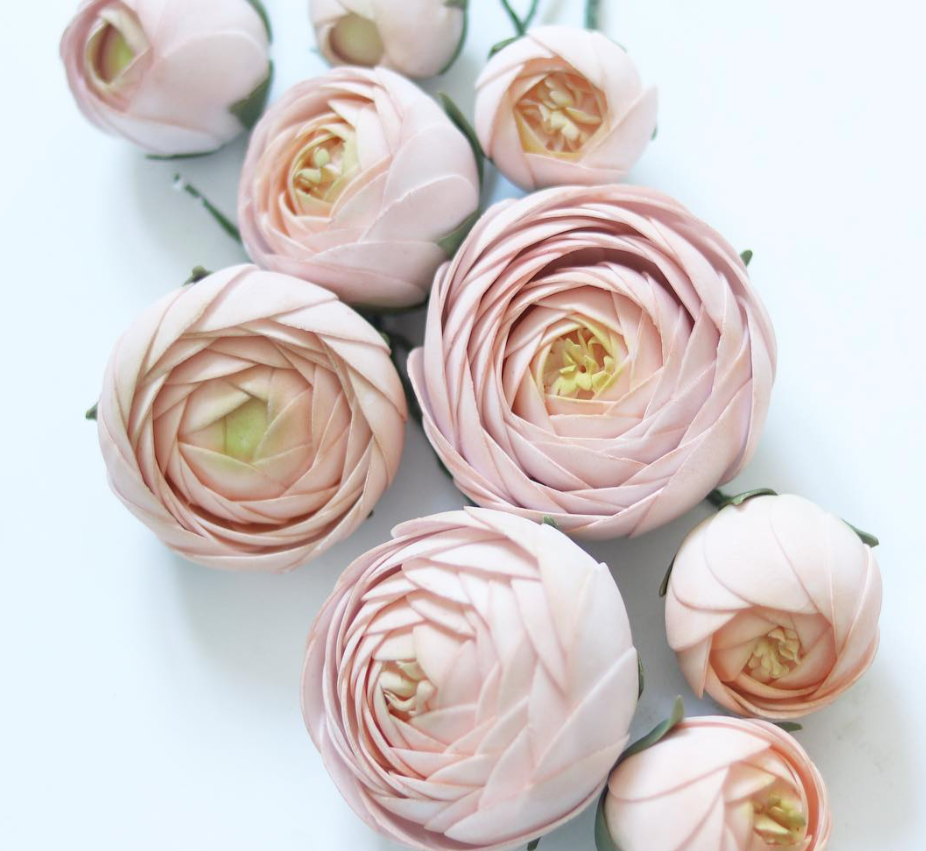 Light pink sugar flowers