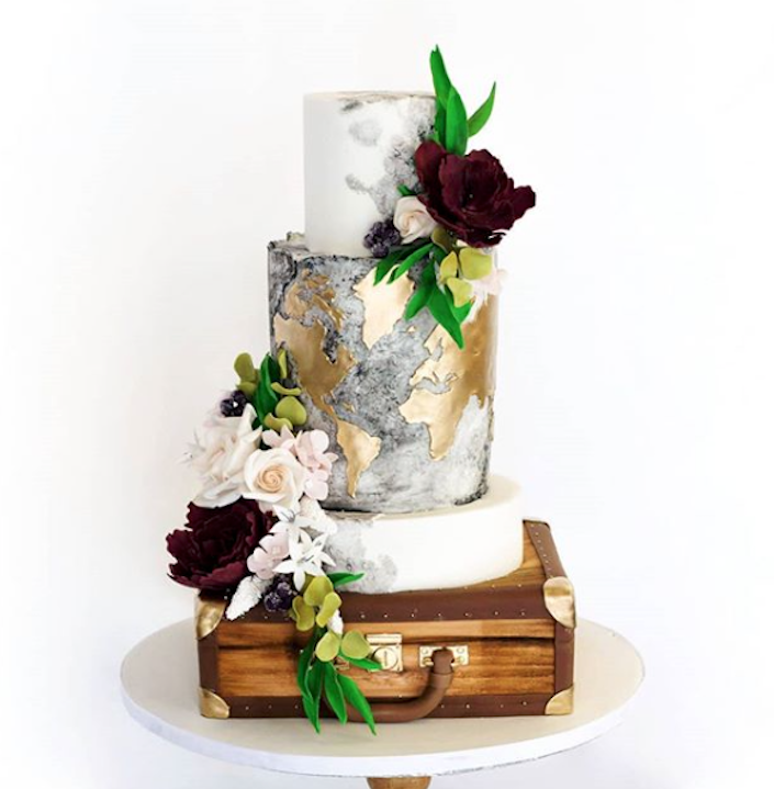 vintage travel fondant wedding cake