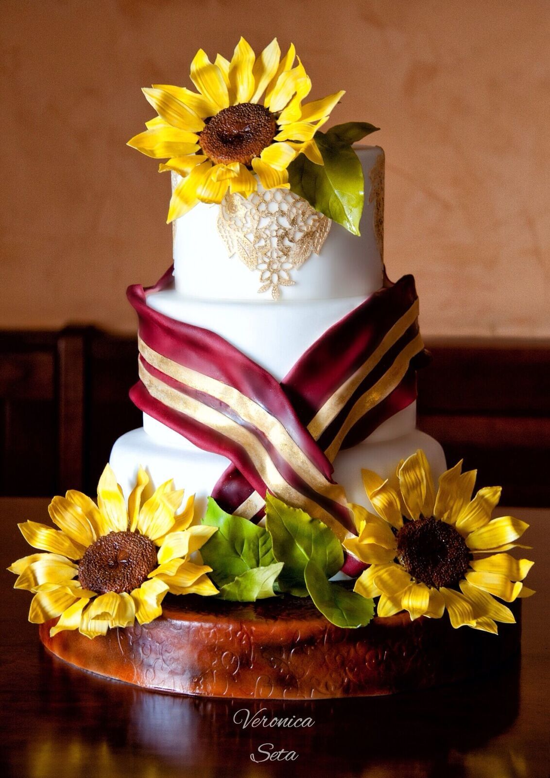 Giant Sunflower white fondant Wedding Cake