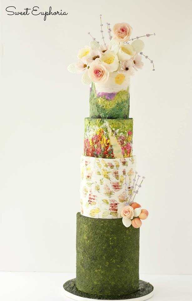 Mossy green and white wedding cake