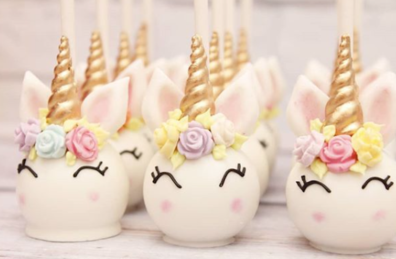 Unicorn cake pops made with fondant