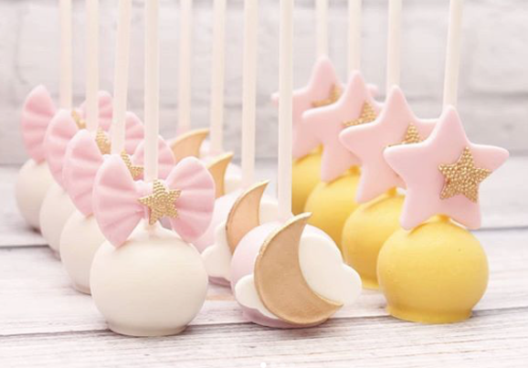 Moon and star fondant cake pops