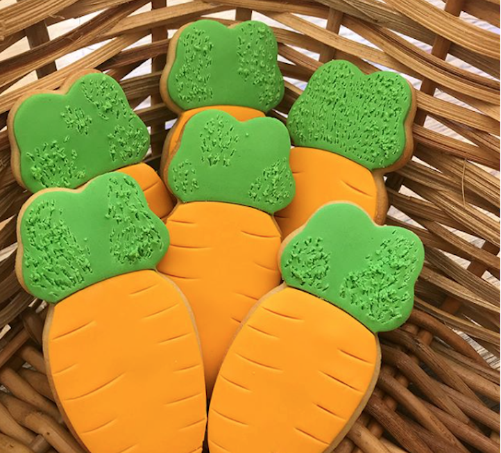 Carrot shaped fondant cookies