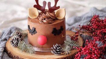 Fondant Reindeer Christmas cake