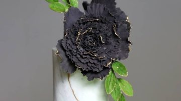 Black sugar flower