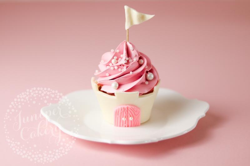 castle-cupcake-tutorial-juniper-cakery-5.jpg?mtime=20190321141839#asset:156680