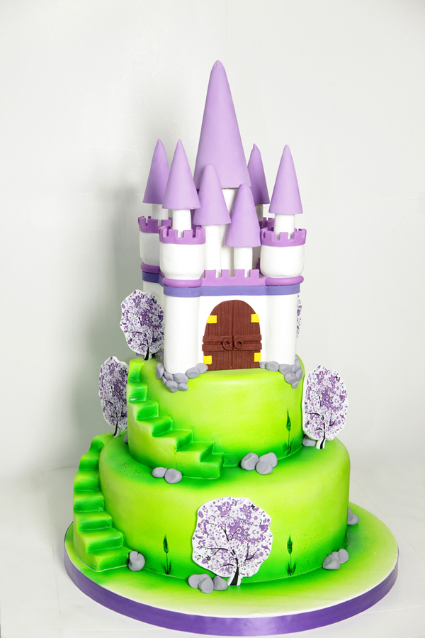 Sculpted Castle Cake