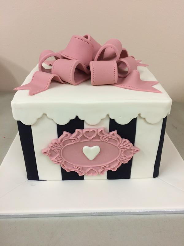 Sculpted Gift Box