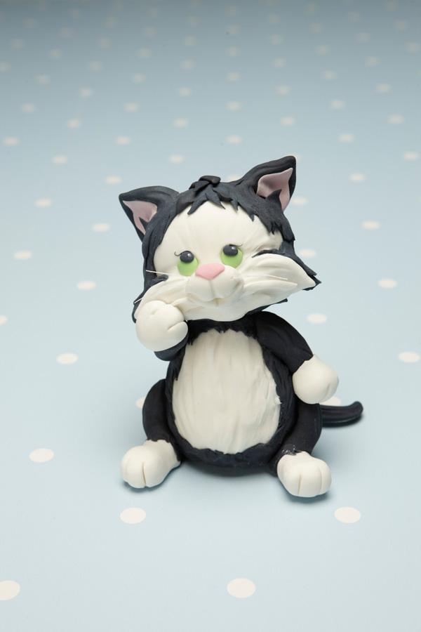Sculpted Kitten