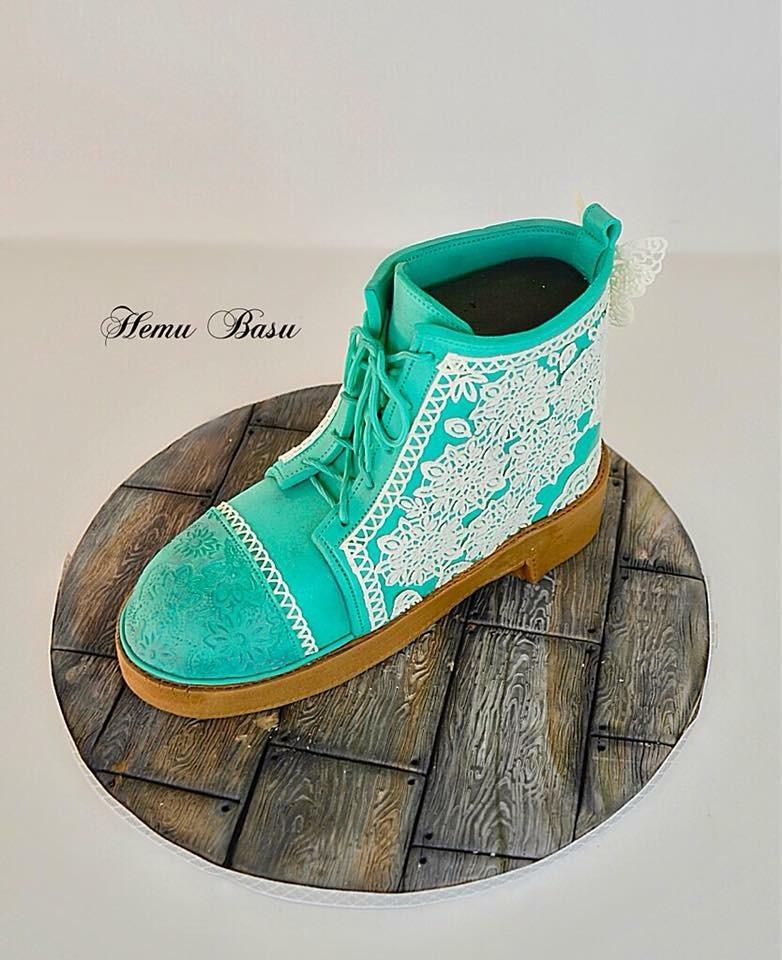 Green boot cake