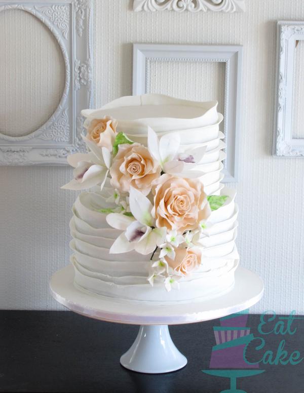 Scalloped Ruffle Wedding
