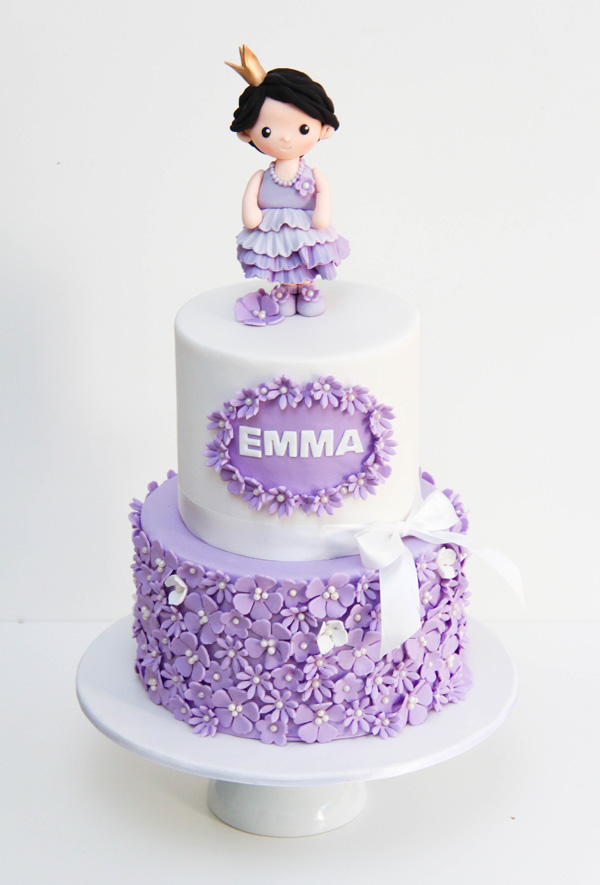 Lavender and white Princess cake