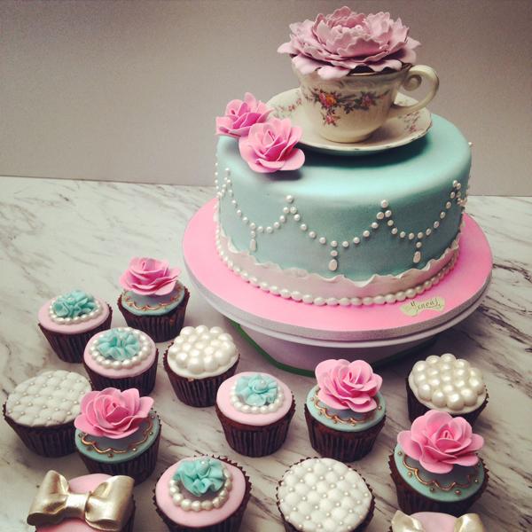 Tea Cup Cupcakes & Mini