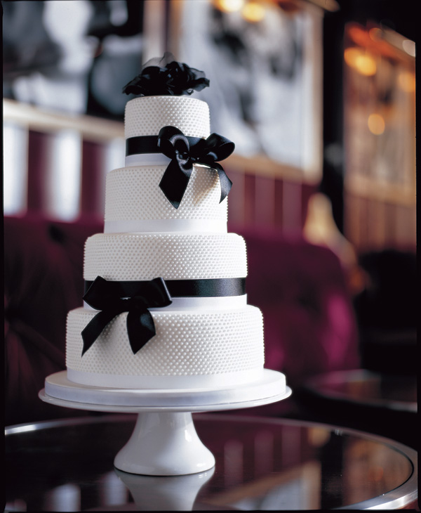 White & Black Wedding