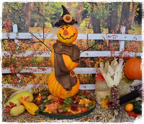 Sculpted fondant pumpkin scarecrow