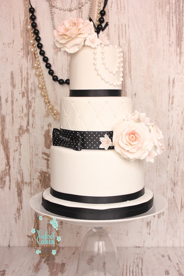 Classic Floral and Pearl Cake