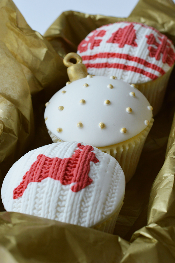 Winter Sweater Cupcakes